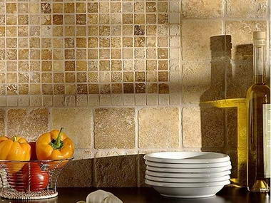 travertin mosaic bucataria
